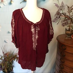 Burgundy pullover with stitched decoration  2XWP